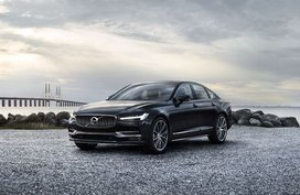 Volvo S90 D4 Momentum 2.0 AT