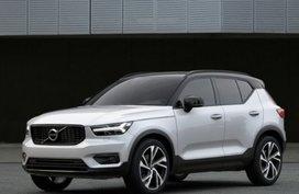 Volvo XC40 D3 R-Design 1.5 AT
