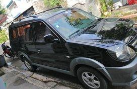 Sell Black Mitsubishi Outlander in Manila