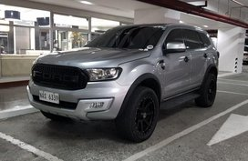 Selling Silver Ford Everest 2017 in Muntinlupa