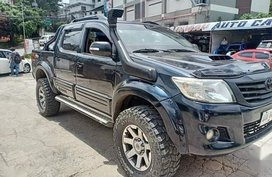 Selling Black Toyota Hilux 2014 in Arayat