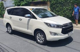White Toyota Innova for sale in San Juan