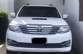 Pearl White Toyota Fortuner for sale in Manila