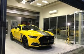 Selling Orange Ford Mustang in Manila