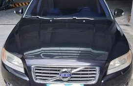 Selling Black Volvo S80 in Bonifacio