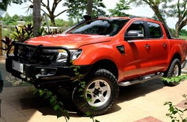 Selling Orange Ford Ranger in Manila