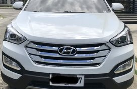 White 2015 Hyundai Sta Fe