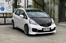 Sell White 2009 Honda Jazz Hatchback Automatic at 115000 km in Manila