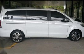 Sell White 2016 Mercedes-Benz V-Class in Muntinlupa