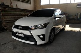 White Toyota Yaris 2015 for sale in Cebu City