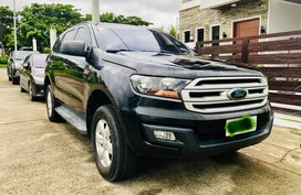 Black Ford Everest 2016 SUV at 64660 km for sale in Santa Rosa