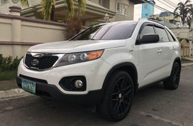 Selling White Kia Sorento 2011 in Parañaque