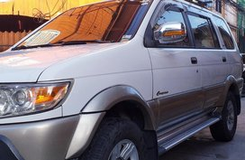 White Isuzu Crosswind 2010 for sale in Manila
