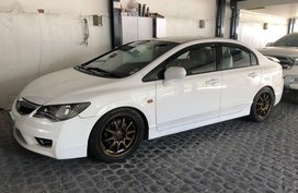 Pearl White Honda Civic 2009 for sale in Parañaque