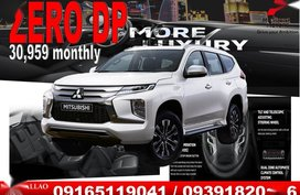 Pearl White Mitsubishi Montero sport 0 for sale in