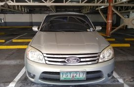 Pearl White Ford Escape for sale in Manila