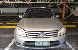 Pearl White Ford Escape for sale in Manila