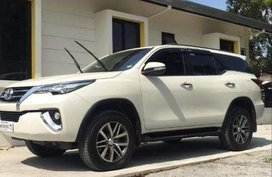 Pearl White Toyota Fortuner for sale in Parañaque