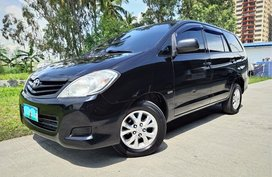 2010 Toyota Innova E gas AT