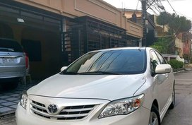 White Toyota Vios 2013 for sale in Manila