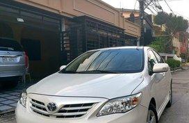 White Toyota Vios 2013 for sale in Manila