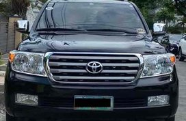 Sell Black 2011 Toyota Land Cruiser in Quezon City