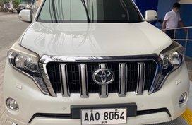 White Toyota Prado 2014 for sale in Makati