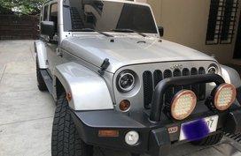 Selling Silver Jeep Wrangler 2011 in Manila