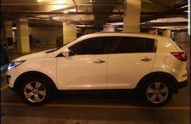 Sell White 2011 Kia Sportage in Manila