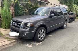Sell Grey 2013 Ford Expedition in Quezon City