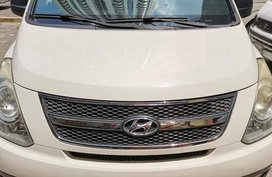 White Hyundai Grand Starex 2011 for sale in Manila
