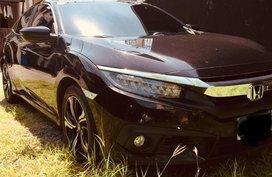 Honda civic fc 1.8E cvt 2016