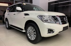 Selling White Nissan Patrol Royale in Cainta