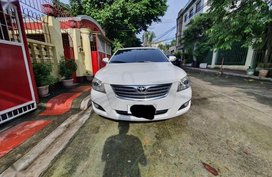 White Toyota Camry 2007 for sale in Manila