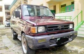 Sell Red 2000 Toyota Tamaraw in Manila