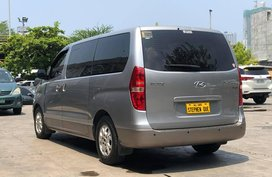2013 Hyundai Grand Starex GL CRDi VGT A/T Diesel