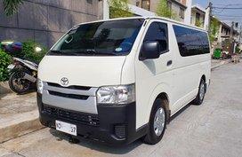 2016 Toyota Hiace Commuter Van