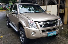 Sell Silver 2012 Isuzu D-Max in Quezon City