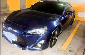 Sell Blue Toyota 86 2013 in Manila