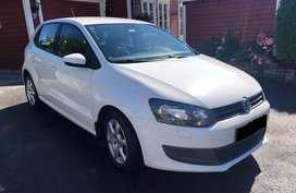 Selling White Volkswagen Polo 2011 Hatchback in Manila