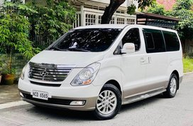 Sell White 2015 Hyundai Starex in Manila