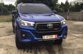Selling Blue Toyota Hilux 2019 in Laoag