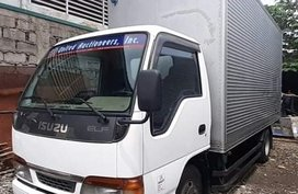 Isuzu NKR Closed Van