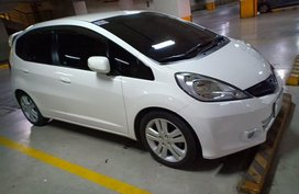 Sell White 2012 Honda Jazz in Malolos
