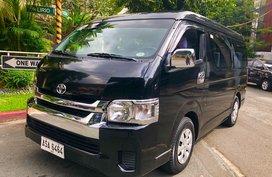 Selling Black Toyota Hiace 2015 in Makati