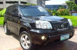 Selling Black Nissan X-Trail 2006 in Manila