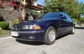 Sell Blue 2010 Bmw 523I in Bacoor