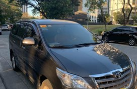 Sell Grayblack Toyota Innova 2015 in Muntinlupa City