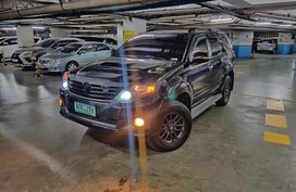 Toyota Fortuner 2.5G 4x2 VNTurbo Manual 2014 Model