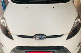 Pearl White Ford Fiesta 2011 for sale in San Fernando